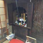 京都市内の施主様宅のお仏壇です。これから修理を施していきます。